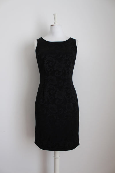 VINTAGE DAMASK PRINT FITTED LITTLE BLACK DRESS - SIZE 8