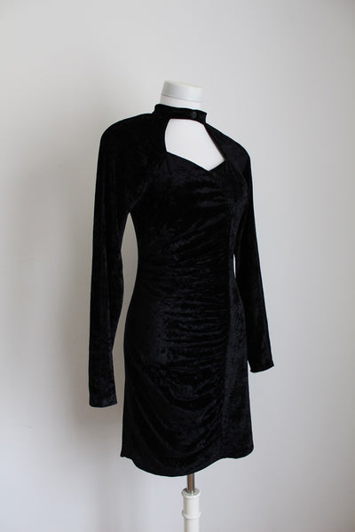VINTAGE VELVET FITTED KEYHOLE LITTLE BLACK DRESS - SIZE 10