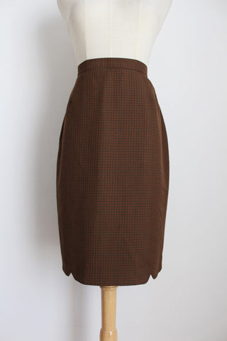 DANIEL HECHTER PARIS VINTAGE BROWN PLAID PENCIL SKIRT - SIZE 6
