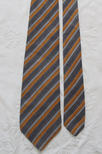 YVES SAINT LAURENT PARIS VINTAGE 100% SILK STRIPED TIE