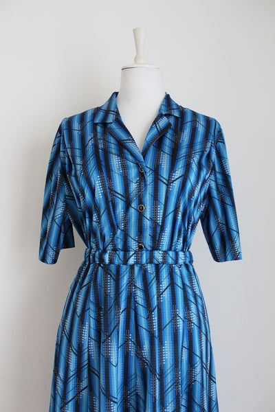 VINTAGE TWO PIECE BLUE PRINTED SKIRT TOP SET - SIZE 14
