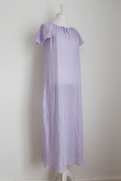 VINTAGE PLEATED LILAC NIGHTIE DRESS - SIZE XL