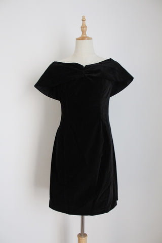 VINTAGE BLACK VELVET OFF THE SHOULDER MINI DRESS - SIZE 6
