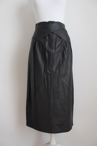 GENUINE LEATHER VINTAGE GREY SKIRT - SIZE 6