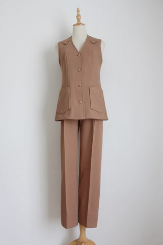 VINTAGE TAN SAFARI SLACKS SUIT - SIZE 6