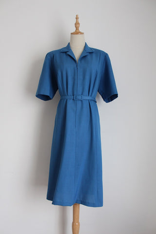 VINTAGE BLUE BELTED ZIP FRONT DRESS - SIZE 16