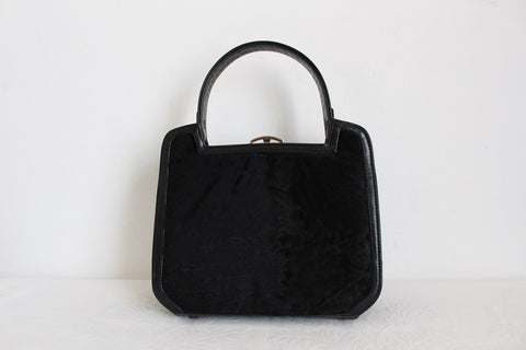 GENUINE KARAKUL FUR PATENT LEATHER VINTAGE BAG