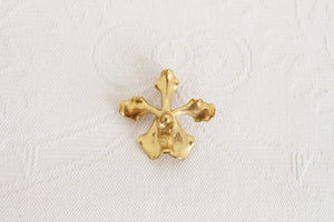VINTAGE ORCHID FLOWER GOLD TONE BROOCH PIN PENDANT