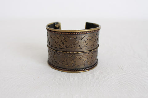VINTAGE BRASS FLORAL CUT-OUT WIDE CUFF BANGLE