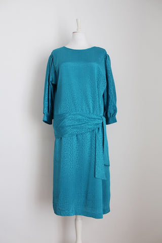 VINTAGE TEAL CROC PRINT DROP WAIST COCKTAIL DRESS - SIZE 14