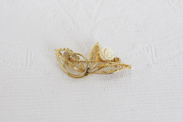 VINTAGE GOLD TONE FILIGREE FLOWER BONE BROOCH PIN