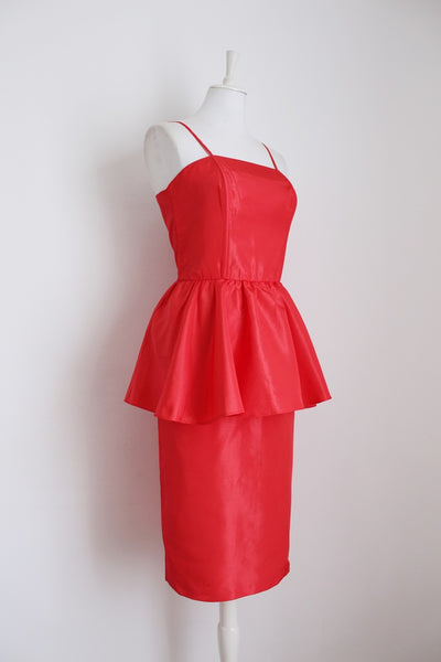 VINTAGE RED PEPLUM COCKTAIL DRESS - SIZE 12