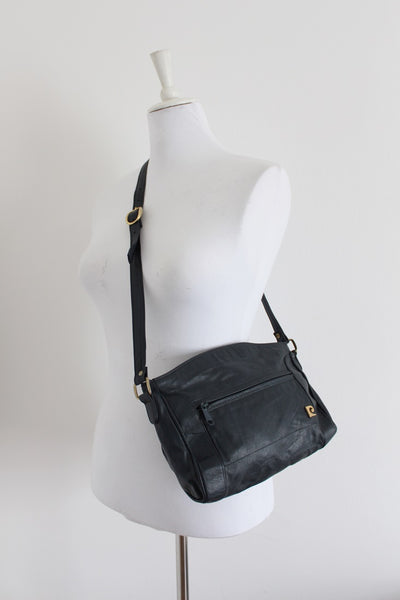 *PIERRE CARDIN PARIS* DESIGNER GENUINE LEATHER VINTAGE NAVY BAG