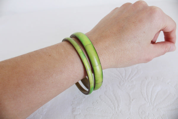 VINTAGE BONE LIME GREEN INLAY BRASS BANGLES