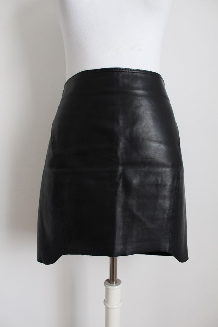 ACNE DESIGNER GENUINE LEATHER BLACK FITTED SKIRT - SIZE 10
