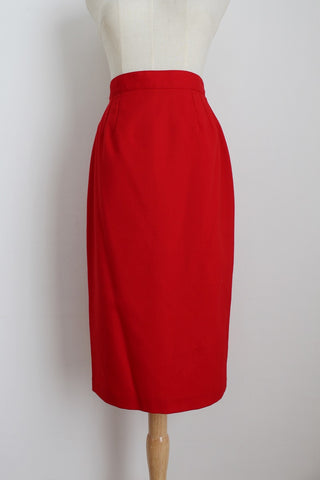 100% WOOL GIORGIO VINTAGE RED PENCIL SKIRT - SIZE 6