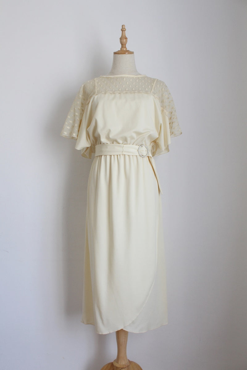 VINTAGE IVORY LACE FLARED SLEEVES COCKTAIL DRESS - SIZE 10