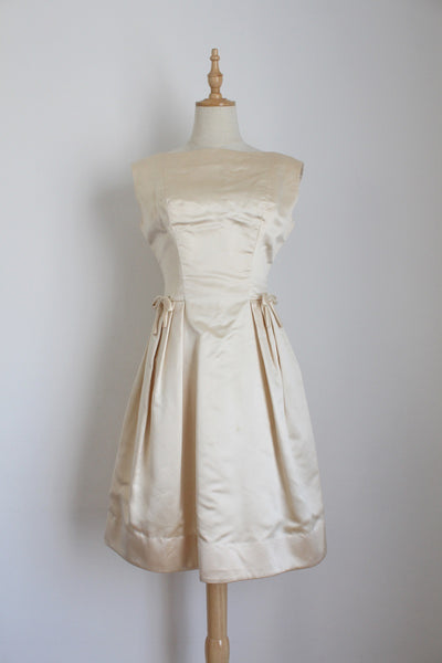 VINTAGE 100% SILK SATIN IVORY COCKTAIL WEDDING DRESS - SIZE 6