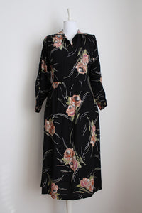 VINTAGE FLORAL BLACK PRINTED DAY DRESS - SIZE 16