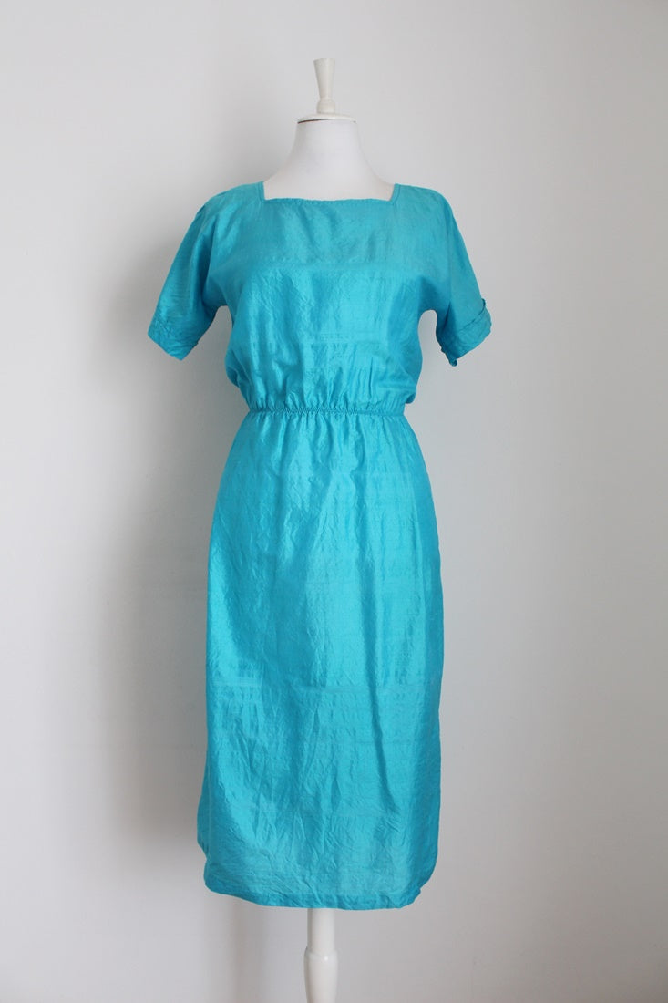 100% SILK VINTAGE BLUE DRESS - SIZE 12