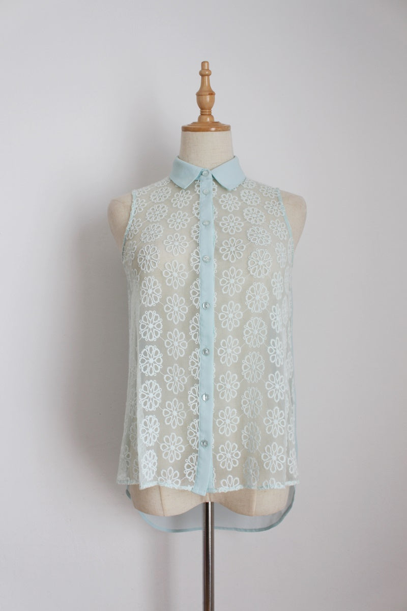 FOREVER NEW MINT SHEER LACE BLOUSE - SIZE 6