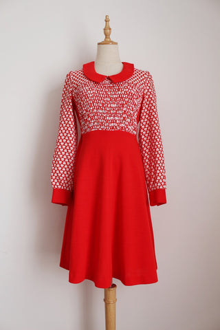 VINTAGE APPLE PRINT RED WHITE DRESS - SIZE 10