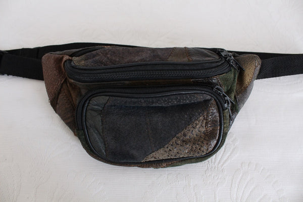 VINTAGE GENUINE LEATHER PATCH MOONBAG