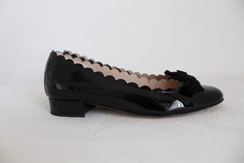 GENUINE PATENT LEATHER BLACK PUMPS - SIZE 3