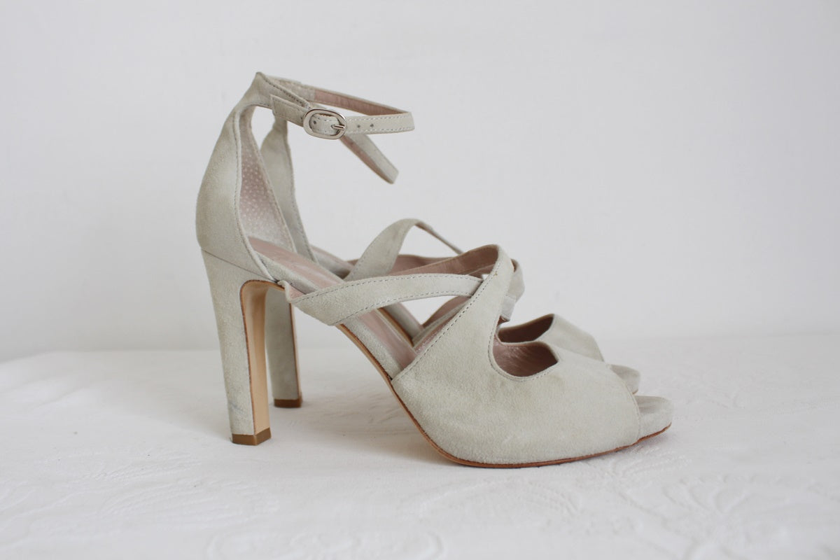 ALIVERTI DESIGNER SUEDE LEATHER HEELS - SIZE 6