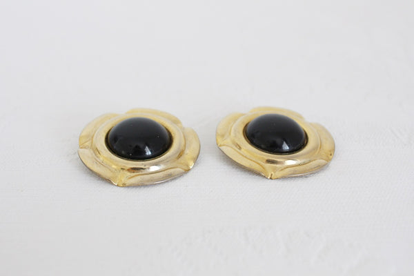 VINTAGE OVERSIZE BLACK GOLD TONE CLIP-ON EARRINGS