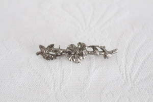 VINTAGE SILVER PLATED FLOWER BRANCH BROOCH PIN