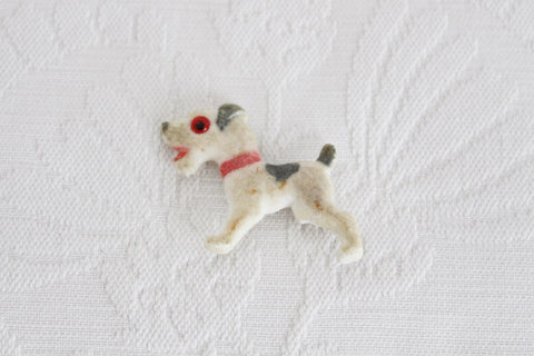 VINTAGE TERRIER DOG BAKELITE BROOCH PIN