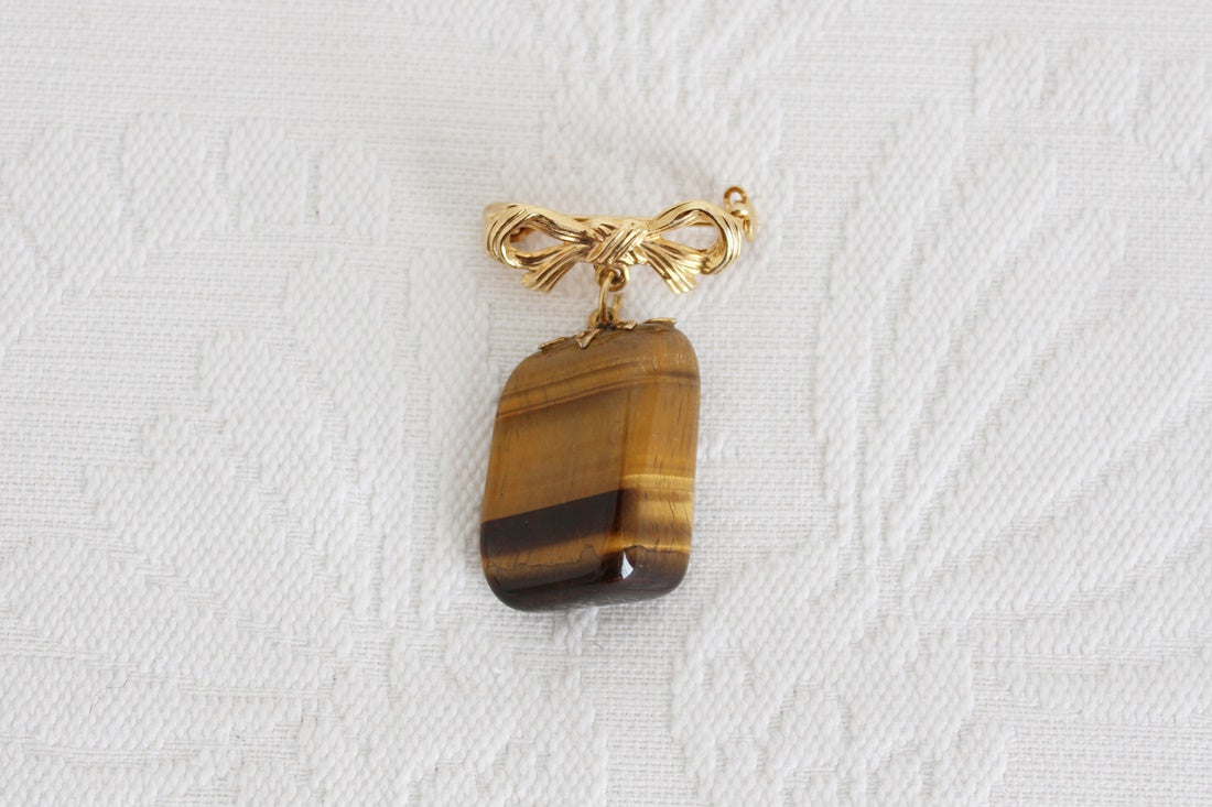 VINTAGE TIGERS EYE GEM STONE GOLD TONE BROOCH PIN