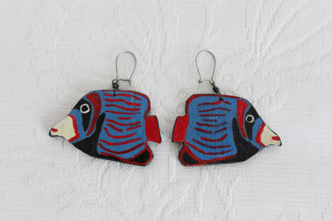 VINTAGE FISH HAND PAINTED WOODEN EARRINGS
