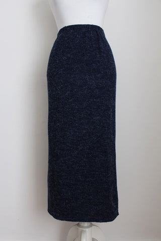 VINTAGE KNITTED NAVY BLUE SKIRT - SIZE XL