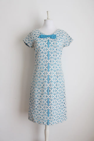 VINTAGE LACE WHITE BLUE RIBBON COCKTAIL DRESS - SIZE 12