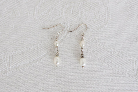 STERLING SILVER FRESHWATER PEARL BEADED EARRINGS