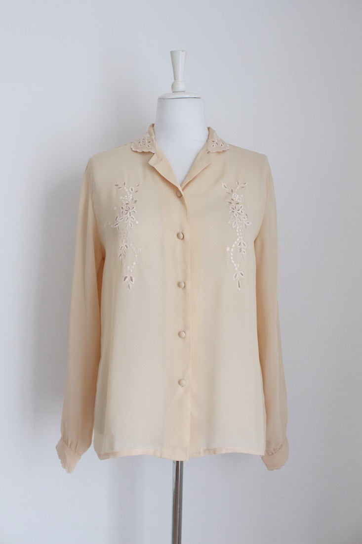 VINTAGE BEIGE CUT-OUT EMBROIDERY BLOUSE - SIZE 12