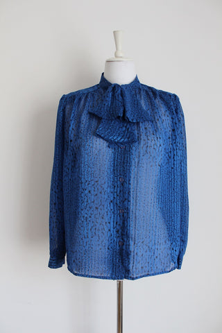 VINTAGE BLUE PRINTED TIE NECK BLOUSE - SIZE 12