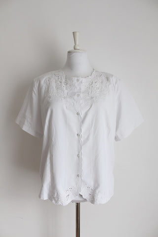 VINTAGE CUT-OUT EMBROIDERY WHITE BLOUSE - SIZE 16