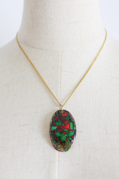 VINTAGE ENAMEL PAINTED PENDANT CHAIN NECKLACE