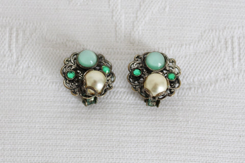 VINTAGE FAUX PEARL GREEN RHINESTONE CLIP-ON EARRINGS