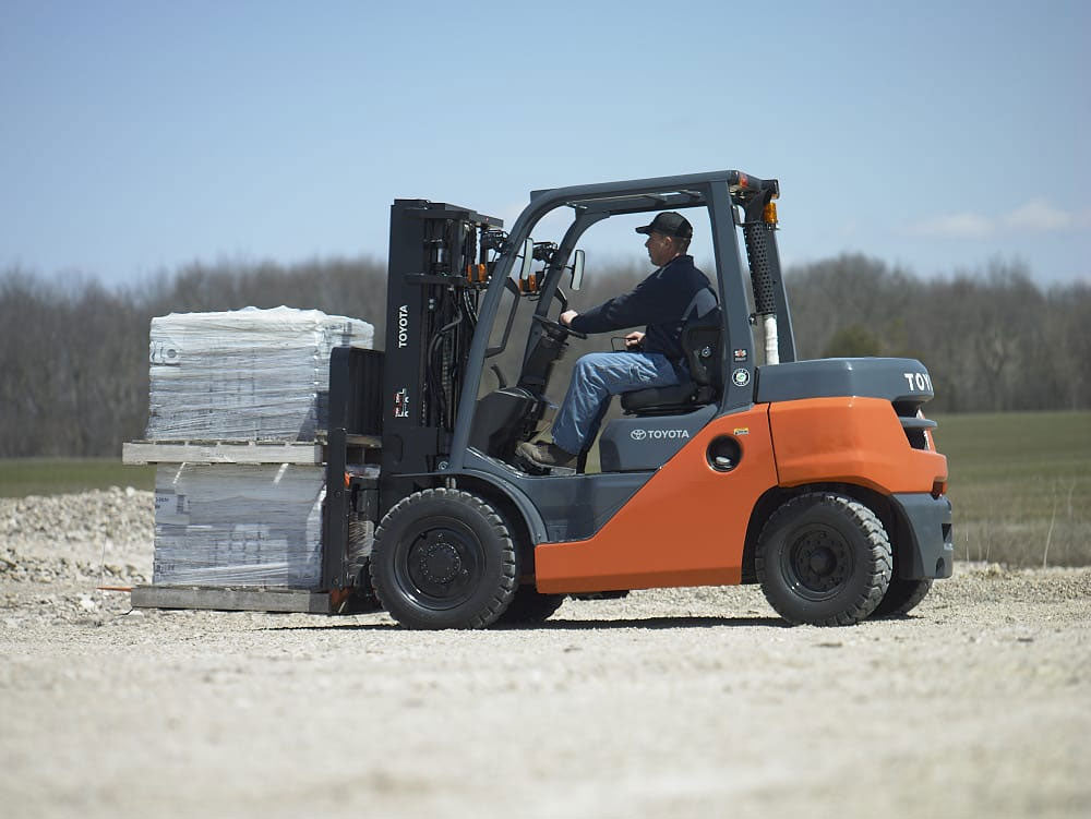 Toyota Mid Pneumatic Forklift