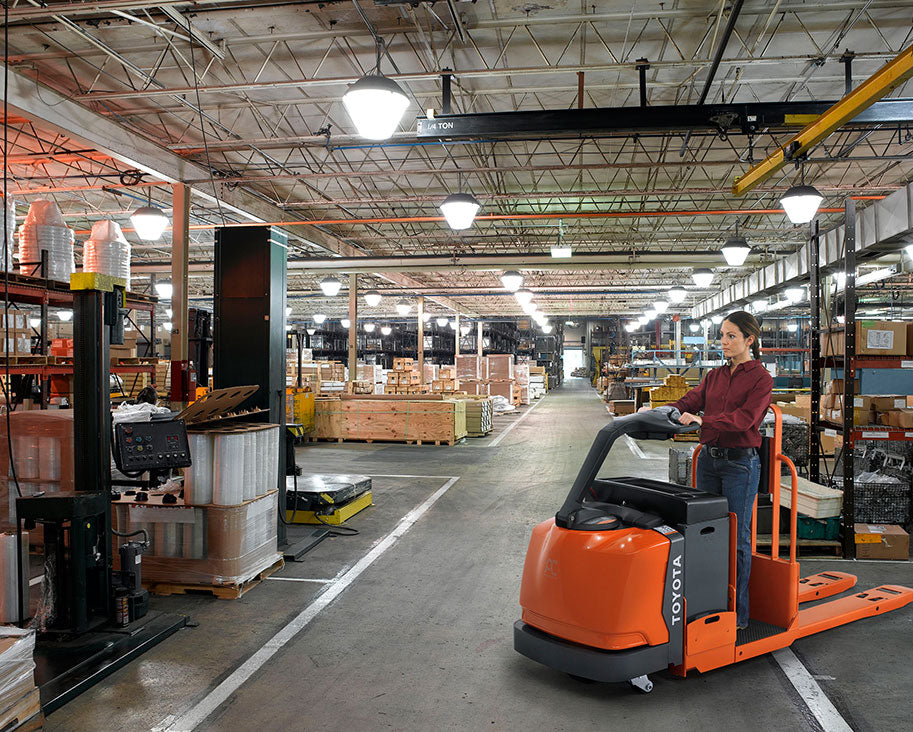 Toyota Center-Controlled Rider Pallet Jack