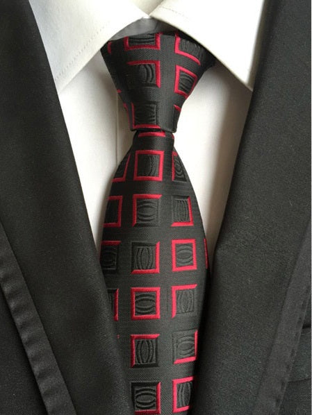 Black-red tie with a luxurious pattern