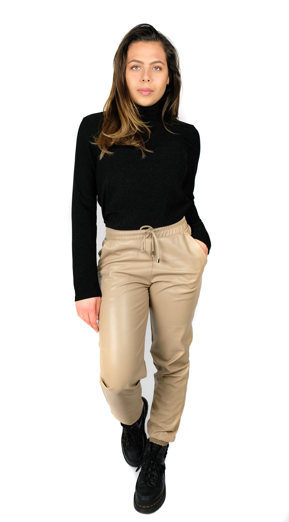 Faux Leather Jogging Pants Beige, BUYLAU, LA Sisters, Laura Ponticorvo