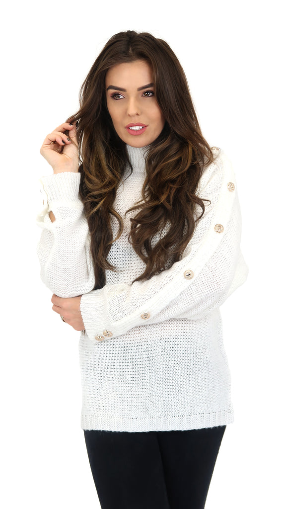 WHITE KNIT WITH GOLDEN BUZZER