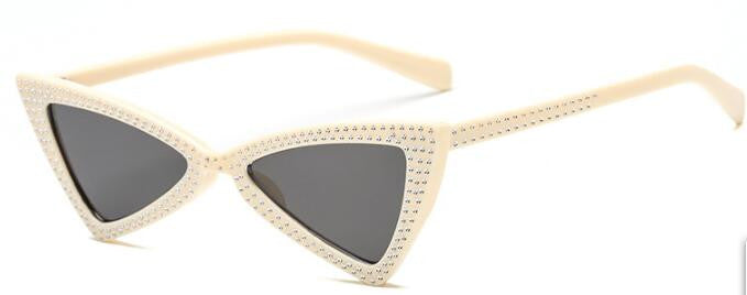 ROYAL GIRL Triangle Sunglasses Women 2018 New Rhinestone Butterfly Frame Cat  Eye Sun Glasses Eyewear oculos de sol ss010 cf954c85c0