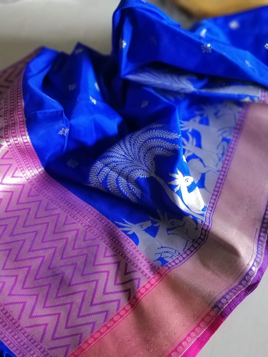 Gold zari deers on ink blue silk dupatta DT095 - EthnicRoom