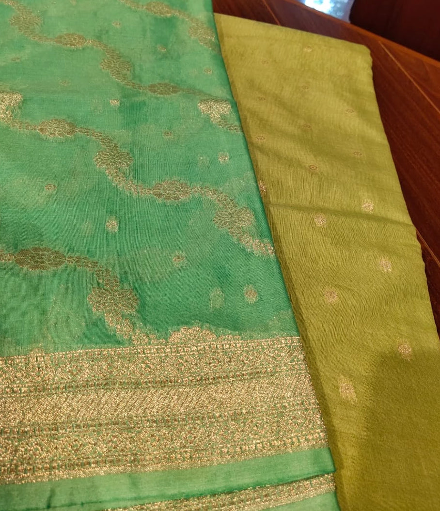 Dyeable green cotton silk suit material with bright green dupatta - EthnicRoom